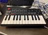 MIDI клавиатура AKAI
